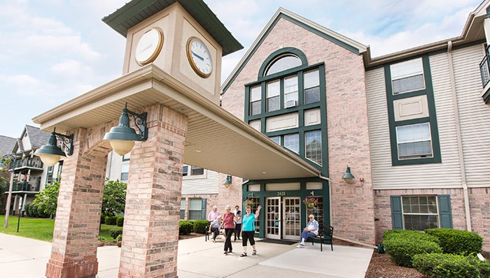 Pewaukee Senior Living Apartments - The Silvernail | Wimmer Communities