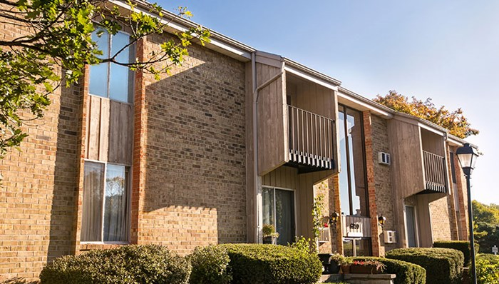 College Square Apartments Greendale Wisconsin