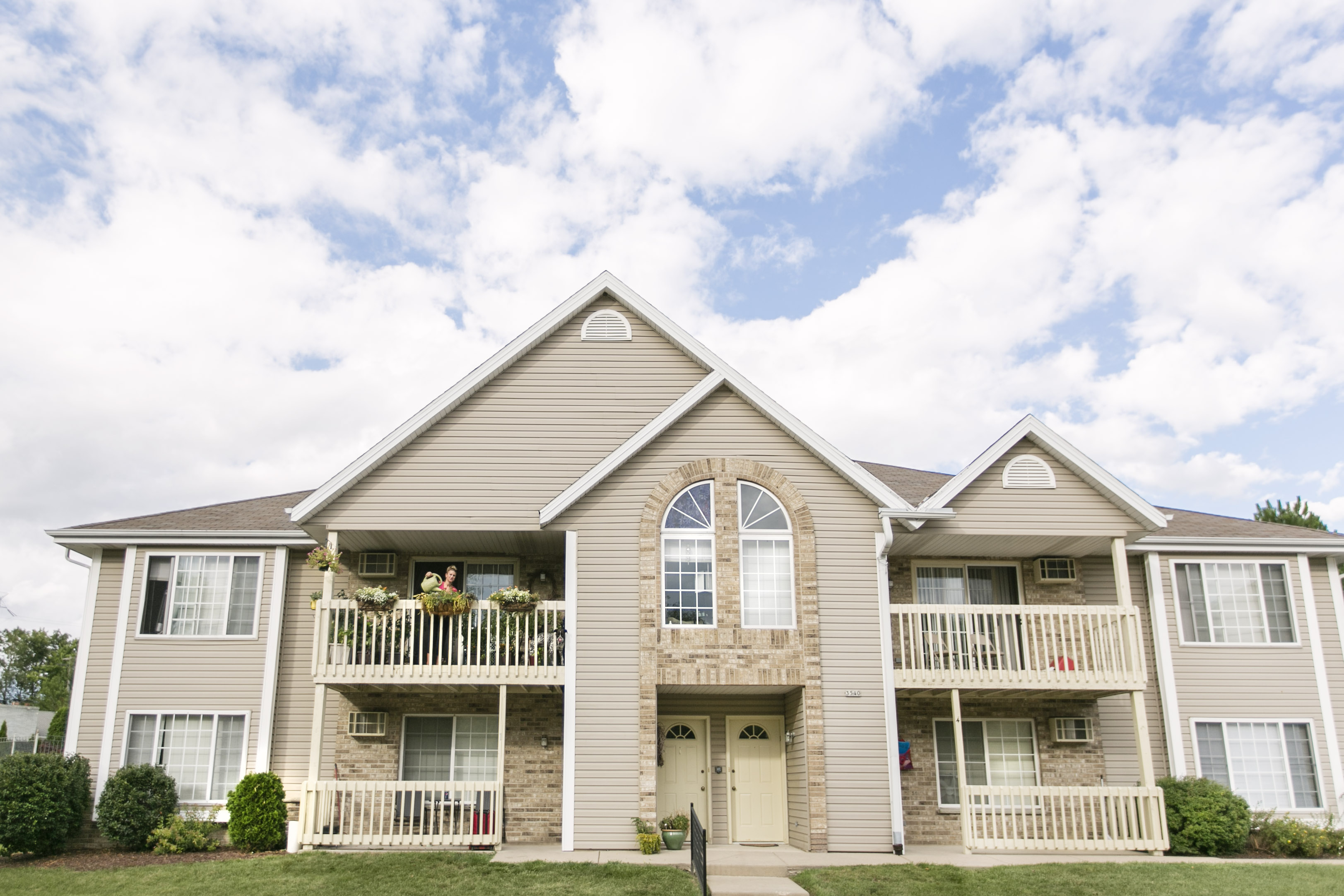 Rivershire Apartments Greenfield Wisconsin